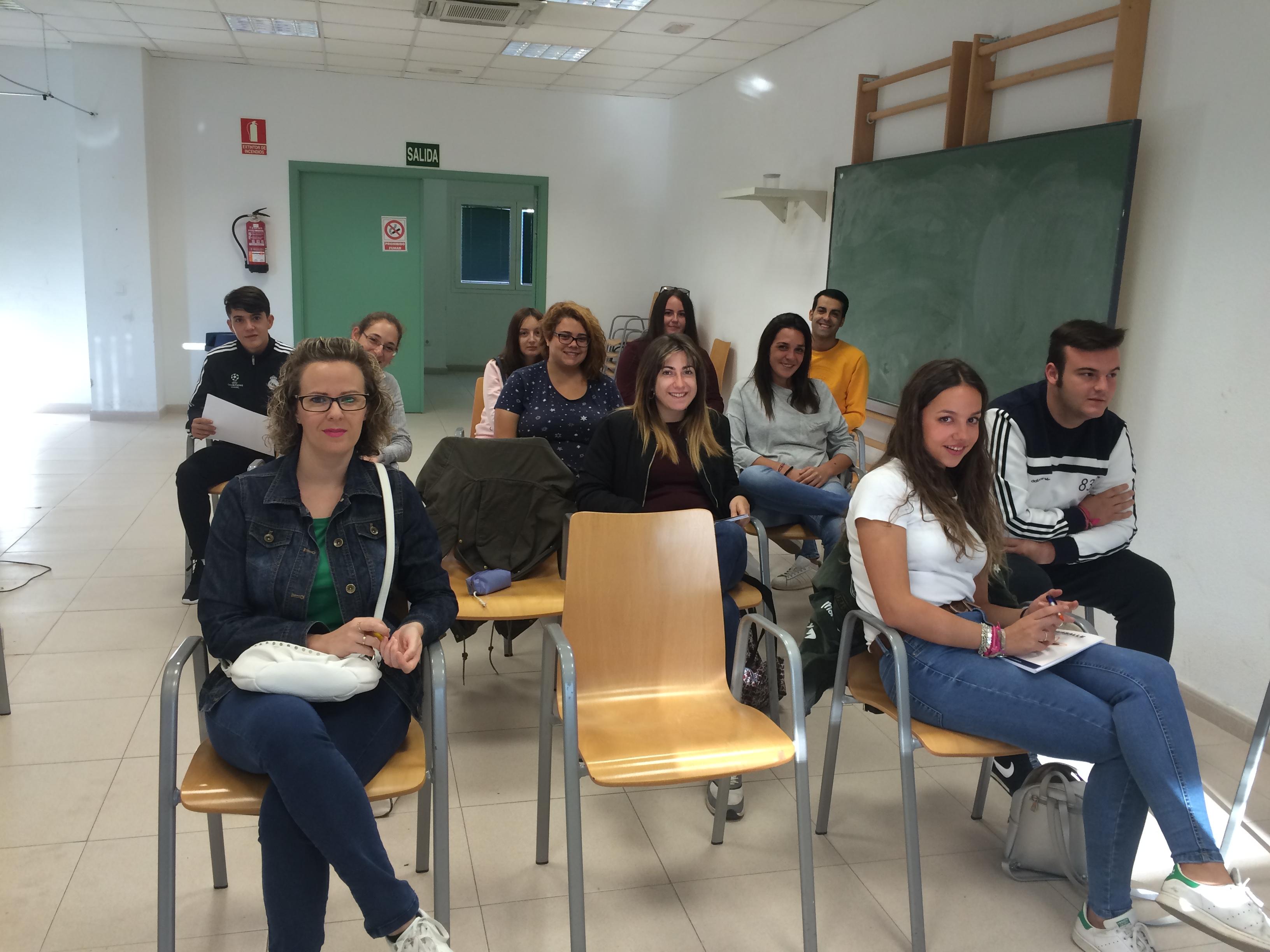 Comienza el curso de monitor de comedor escolar en valdilecha for Monitor comedor escolar